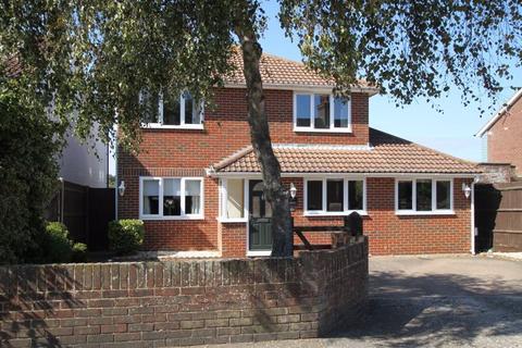 4 bedroom detached house for sale - St Margarets Bay