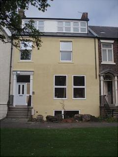 1 bedroom apartment to rent - Beach Road, Second floor apartment, South Shields