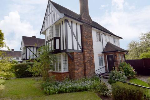 3 bedroom apartment for sale - Maurice Walk, Hampstead Garden Suburb, NW11