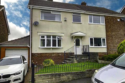 3 bedroom semi-detached house to rent - Highbank Avenue, Stalybridge,