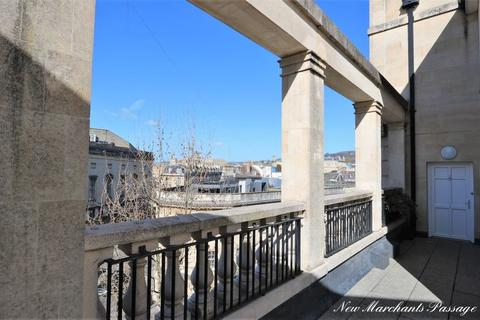 1 bedroom flat for sale - New Marchants Passage, City Centre, Bath