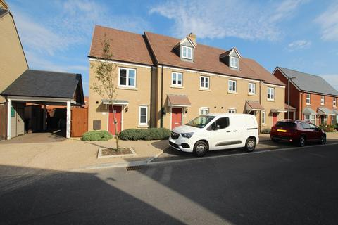 3 bedroom townhouse to rent - Rutherford Way, Biggleswade, SG18