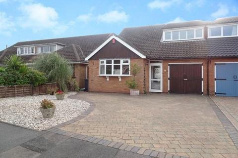 3 bedroom property to rent - Aulton Road, Sutton Coldfield, B75 5PX