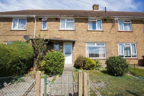 3 bedroom terraced house for sale - Ottawa Crescent, Dover