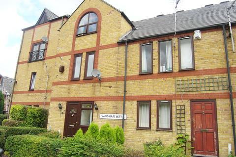 3 bedroom semi-detached house to rent - Vaughan Way, Wapping