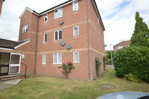 Studio for sale - Lesney Gardens, Rochford