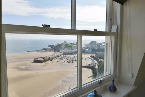 2 bedroom apartment for sale - 37, Paxton Court, Tenby, Dyfed, SA70