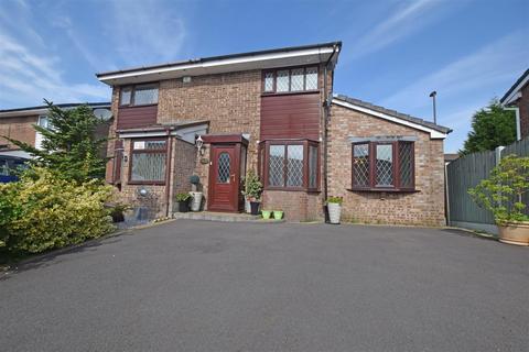 3 bedroom semi-detached house for sale - Evesham Road, Alkrington, Middleton