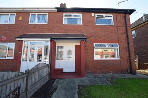 3 bedroom semi-detached house for sale - Birchwood Road, Middleton, Manchester