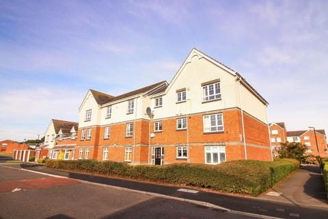 2 bedroom flat - Newington Drive, North Shields