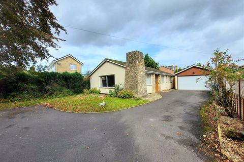 3 bedroom bungalow for sale - Shurnhold, Shurnhold, Wiltshire