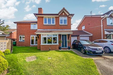 4 bedroom detached house for sale - Bewley Grove, Peterlee, Durham, SR8 1PP
