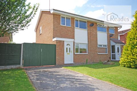 3 bedroom semi-detached house to rent - Forest Drive, Broughton CH4 0