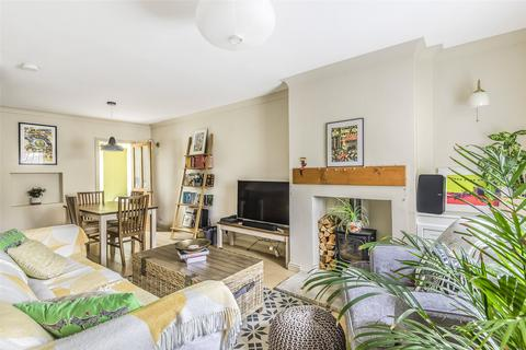 2 bedroom terraced house for sale - Hampton View, Bath, Somerset, BA1