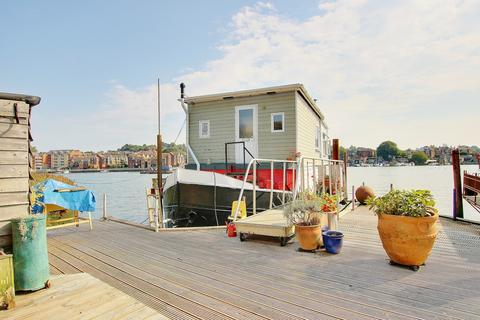 2 bedroom houseboat for sale - HOUSEBOAT! AMAZING VIEWS! STUNNING INTERIOR!