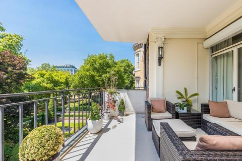3 bedroom flat to rent - St James's Place, London, SW1A