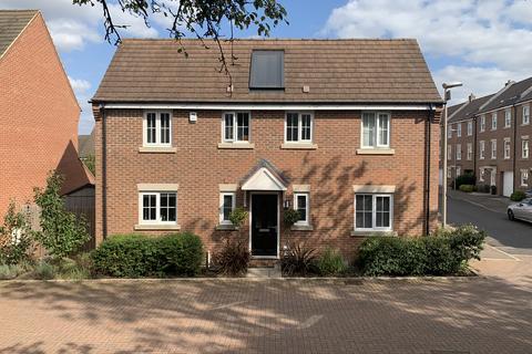 4 bedroom detached house for sale - Eastaff Croft MK17
