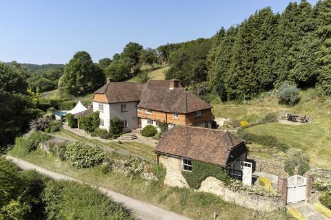 5 bedroom farm house for sale - Thursley, Nr Godalming,  Surrey, GU8