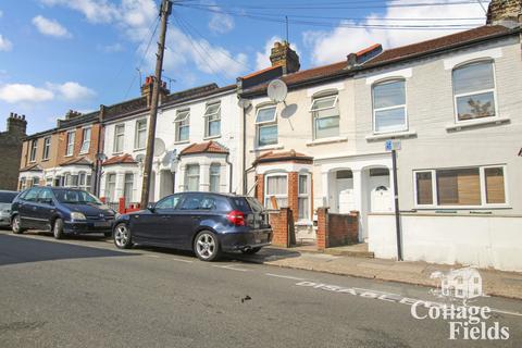 2 bedroom maisonette for sale - St Loys Road, Tottenham, N17 - Ground Floor Two Bedroom Maisonette - Garden & Share of Freehold
