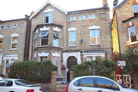Studio to rent - Bonham Road, Brixton