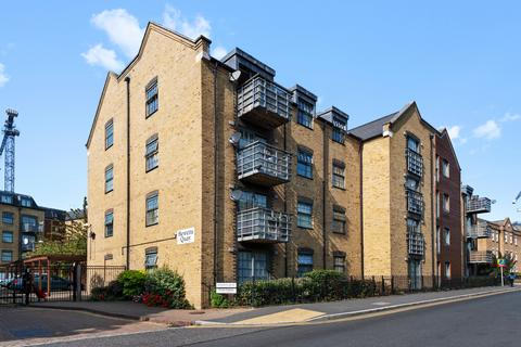 2 bedroom apartment for sale - Abbey Road, Barking, IG11