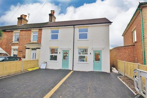 2 bedroom end of terrace house for sale - Windham Road, Springbourne, Bournemouth
