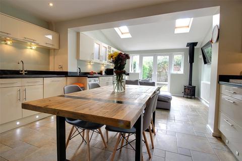 3 bedroom semi-detached house for sale - Wright Drive, Scarning, Dereham, Norfolk, NR19