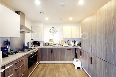3 bedroom apartment for sale - Baldwin Court, 83A Highfield Avenue, London, NW11
