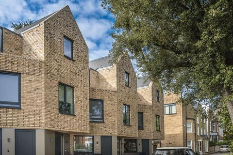 3 bedroom flat for sale - Eastern Road,  East Finchley,  N2