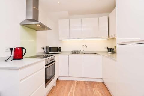 3 bedroom flat to rent - Old Kent Road, Elephant and Castle, London