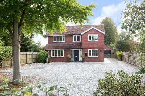 5 bedroom detached house for sale - Barmby Road, Pocklington