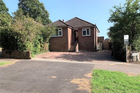 3 bedroom bungalow for sale - Springhill Road, Chandler's Ford, Hampshire, SO53