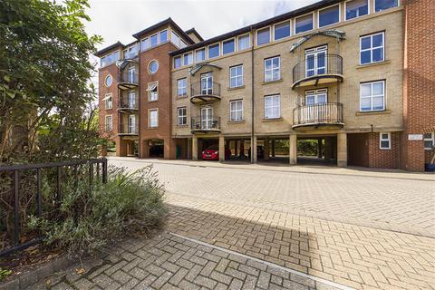 2 bedroom flat for sale - Asturias Way, Southampton, SO14 3HT