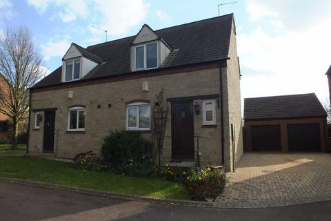 3 bedroom semi-detached house to rent - Huxley Way, Bishops Cleeve, Cheltenham, Gloucestershire, GL52
