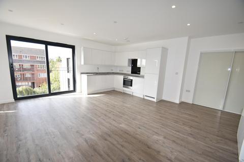 2 bedroom flat to rent - Oak End Way, Gerrards Cross, SL9