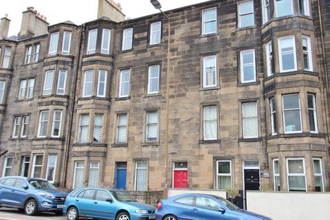 3 bedroom flat to rent - Dalziel Place, Meadowbank, Edinburgh, EH7 5TP