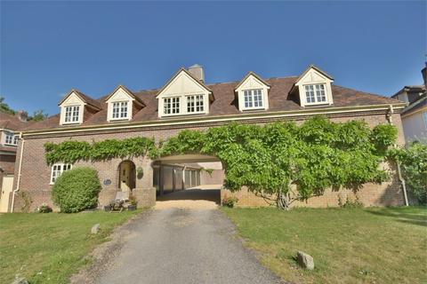 2 bedroom detached house for sale - Hurn Court, Hurn, Christchurch