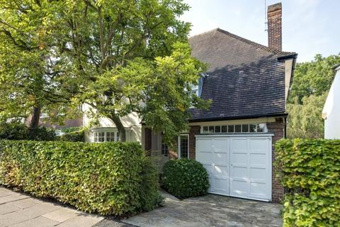 4 bedroom semi-detached house for sale - Northway, London, NW11