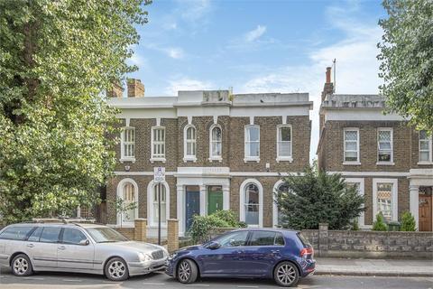 3 bedroom semi-detached house for sale - Southwark Park Road, Myrtle Cottages, London, SE16