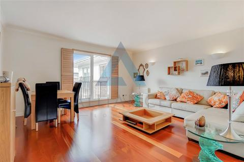 3 bedroom apartment for sale - Lamb Court, 69 Narrow Street, London, E14
