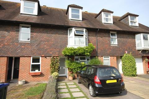 4 bedroom townhouse - FRIARS ORCHARD, SALISBURY, WILTSHIRE SP1 2SY