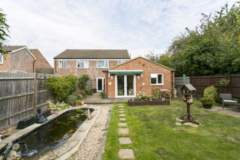 3 bedroom semi-detached house for sale - Audley Rise, Tonbridge
