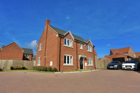 4 bedroom detached house for sale - Sheppard Way , Rothley, Leicester