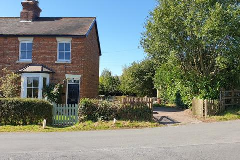 3 bedroom cottage for sale - Canal Cottages, Norbury Junction