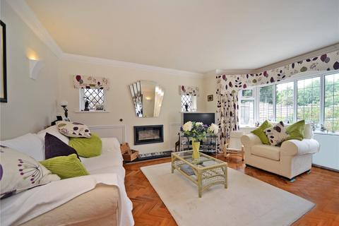 5 bedroom detached house for sale - Woodbury Drive, Sutton, SM2