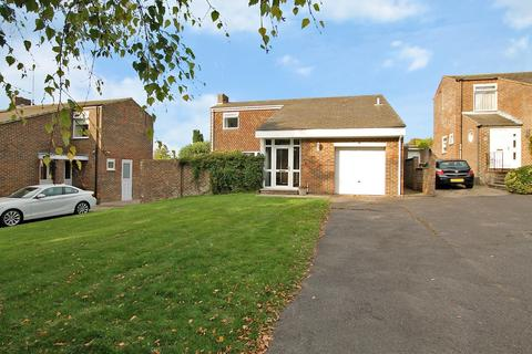 3 bedroom detached house for sale - Lesser Foxholes, Shoreham, West Sussex, BN43 5NT