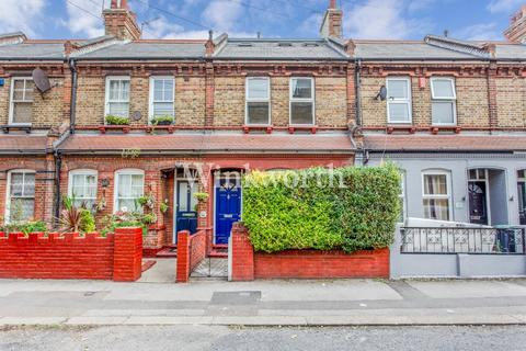 4 bedroom terraced house for sale - Bury Road, London, N22