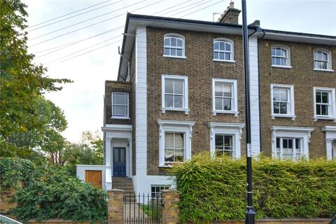 1 bedroom flat - Tyrwhitt Road, Brockley, London, SE4