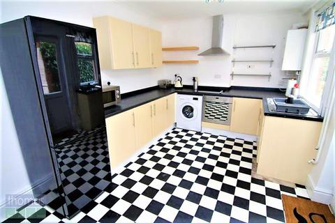 4 bedroom terraced house to rent - Queens Road, Chester