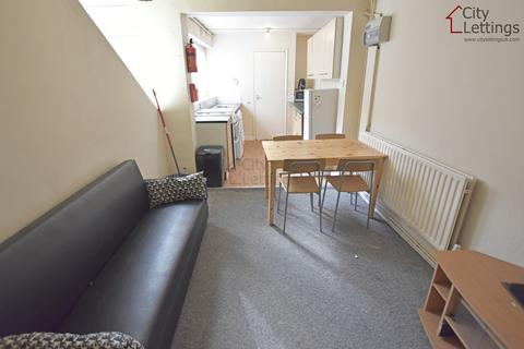 2 bedroom apartment to rent - Radford Nottingham NG7